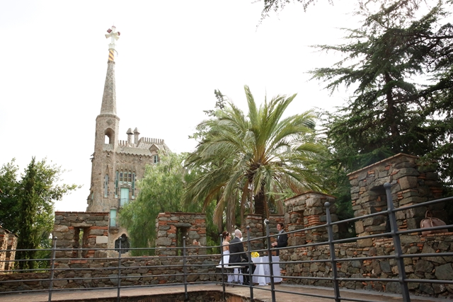 Gaudi wedding barcelona (12b)