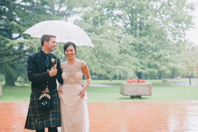 A rainy but lovely scottish-irish wedding in Barcelona