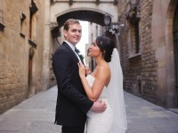 Elope in the old city