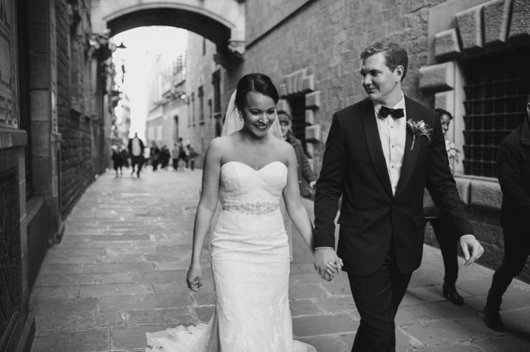 elopement old city barcelona (21)