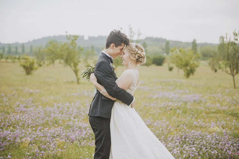 rustic-chic-wedding-15_765x509