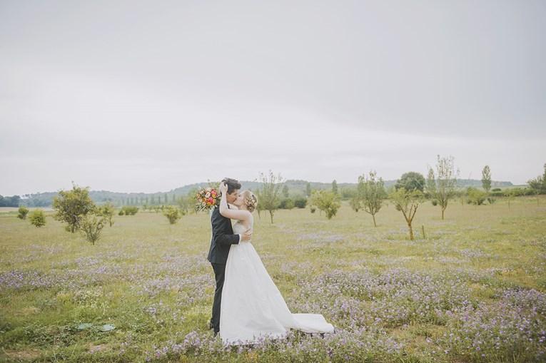 rustic-chic-wedding-18_765x509