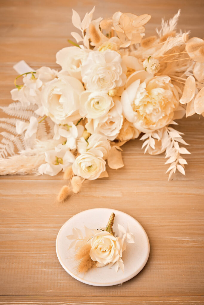 fun and detail-oriented wedding in the Costa Brava